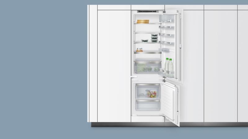 Siemens Kühlschrank Gefrierkombi : Siemens ki saf a flachscharnier technik einbau kühl